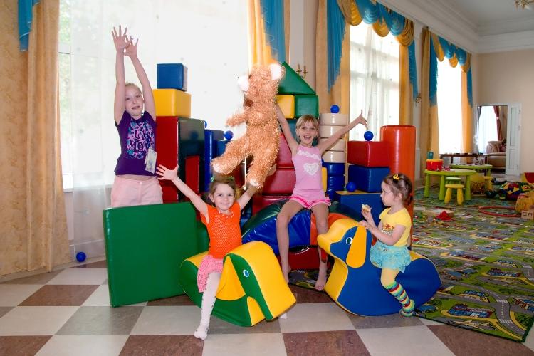 игровая программа будем знакомы для детей в лагере