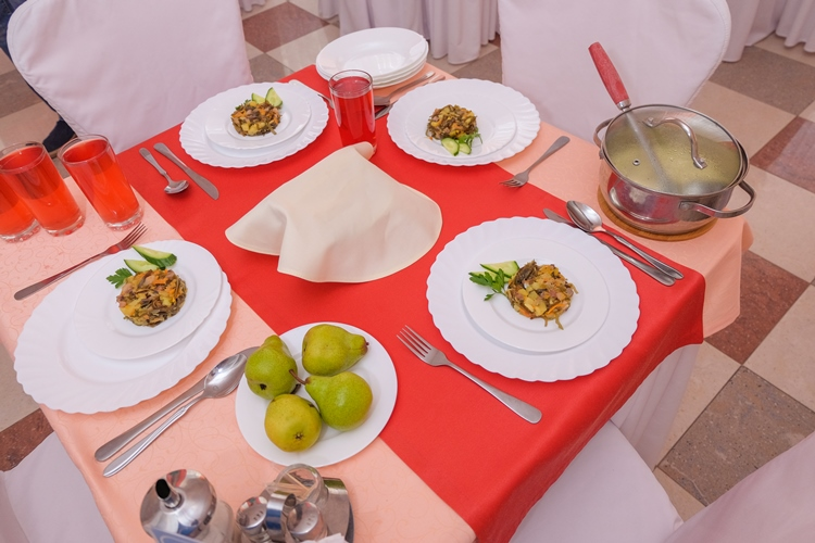 Питание в санатории Озеро Карачи диетическое и здоровое